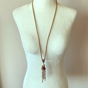 ANN TAYLOR Long bronze and pearl necklace